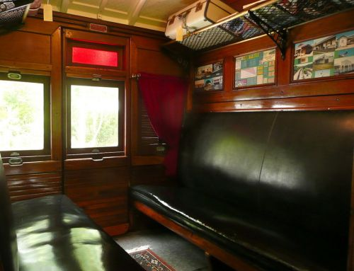 Mt Nebo Railway Carriage amp Chalet - WA Accommodation