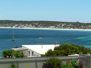 Fareview Beach House - WA Accommodation