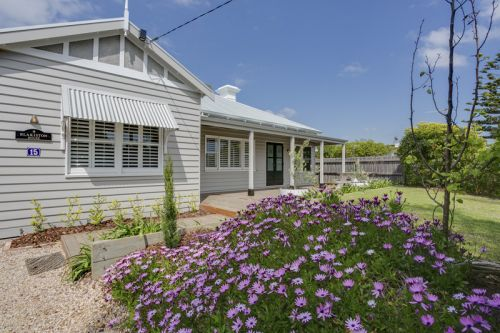 Blakiston House - WA Accommodation