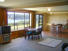 Authur River Beach House - WA Accommodation