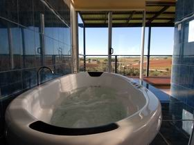 Misty Rose Barossa Chalets - WA Accommodation