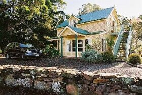 Beaupre Cottage - WA Accommodation