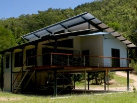 Creek Valley Rainforest Retreat - WA Accommodation