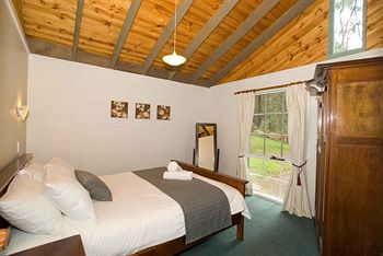 Hill aposNapos Dale Farm Cottages - WA Accommodation