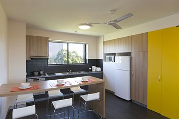 Western Sydney University Village Penrith - WA Accommodation