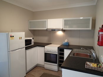 Dungowan Waterfront Apartments - WA Accommodation