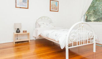Eltham Retreat - WA Accommodation