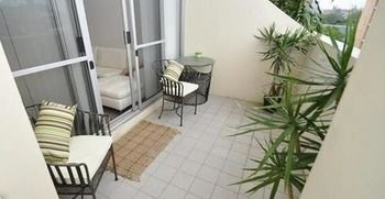 Camperdown 517 MIS Furnished Apartment - WA Accommodation