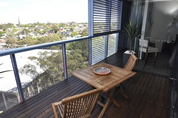 Camperdown 908 St Furnished Apartment - WA Accommodation