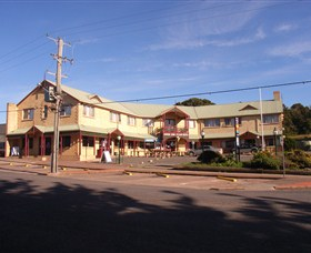 Parer's King Island Hotel - WA Accommodation