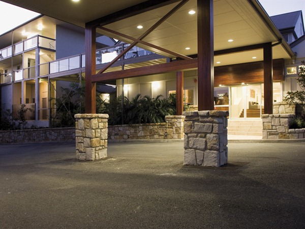 Mercure Clear Mountain Lodge Spa and Vineyard - WA Accommodation
