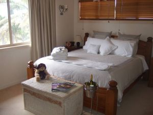 Ayr Bed and Breakfast on McIntyre - WA Accommodation