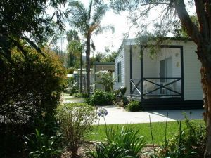 Coastal Palms Holiday Park - WA Accommodation