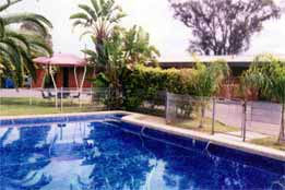 Overlander Hotel Motel - WA Accommodation