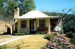 Price Morris Cottage - WA Accommodation