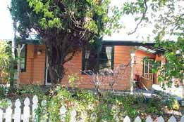 Times Past Bed  Breakfast - WA Accommodation