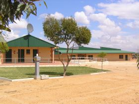 Tressies Museum and Caravan Park - WA Accommodation