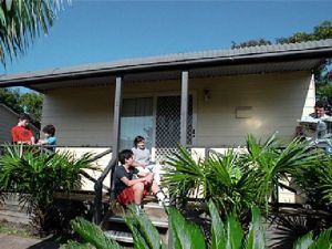Canton Beach Waterfront Tourist Park - WA Accommodation