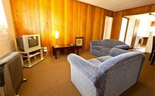 Snowy Mountains Motel - Adaminaby - WA Accommodation
