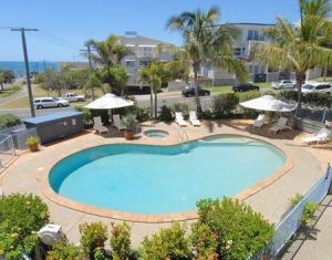Pandanus Coolum Beach - WA Accommodation