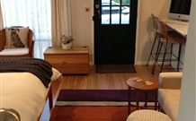 Milo's Bed and Breakfast - WA Accommodation
