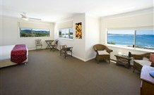 Solitary Islands Lodge Bed  Breakfast - WA Accommodation
