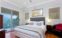 The Acreage Luxury BB and Guesthouse - - WA Accommodation