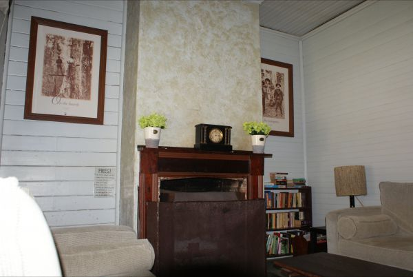 Moonan  Cottage - WA Accommodation