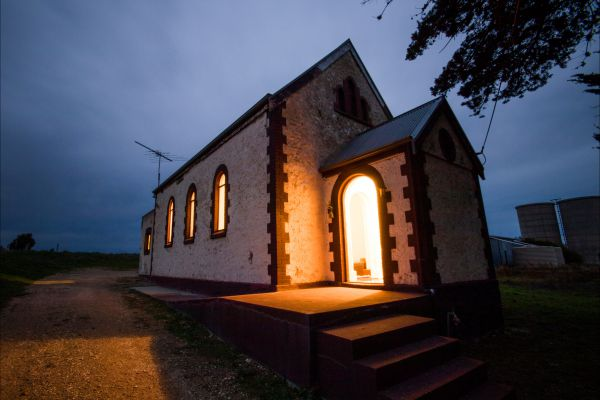 Lakeside Chapel Meningie - WA Accommodation