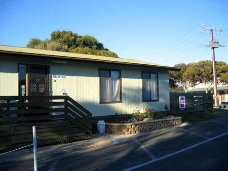 Lake Albert Caravan Park - WA Accommodation