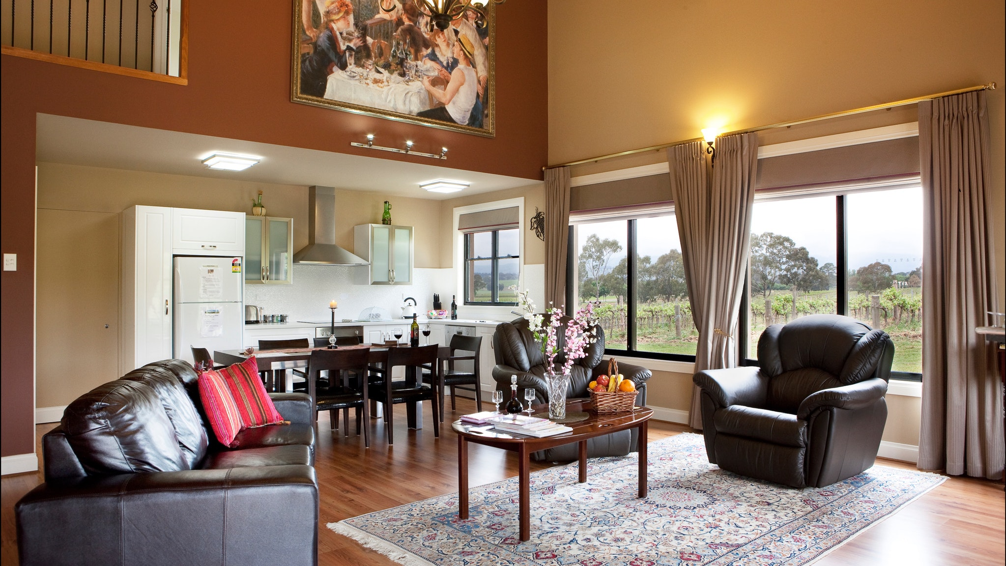 Barossa Shiraz Estate - WA Accommodation