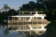 Whitewater Houseboat - WA Accommodation