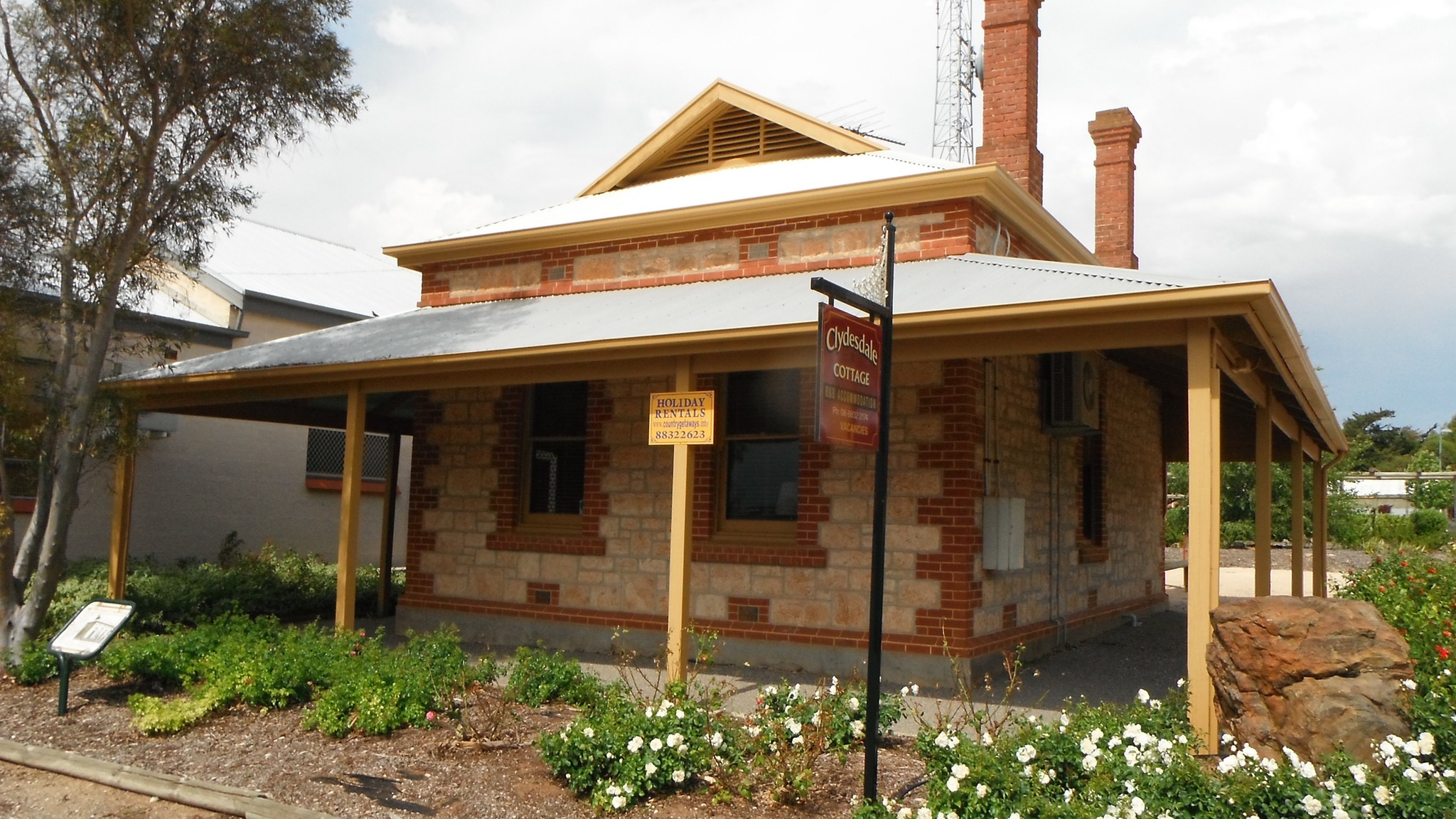 Clydesdale Cottage Bed  Breakfast - WA Accommodation