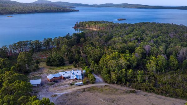 Bruny Island Lodge - WA Accommodation
