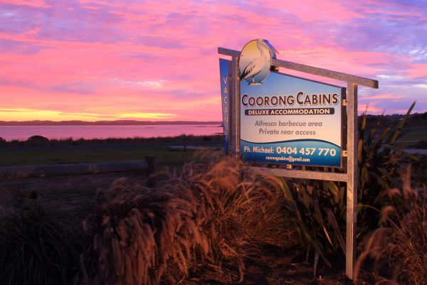Coorong Cabins - WA Accommodation