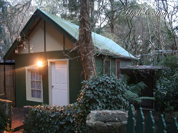 Lotus Lodges Hush Cottage  Charmed Cabin - WA Accommodation