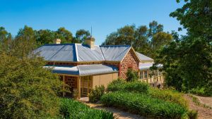 Red Gum Retreat - WA Accommodation