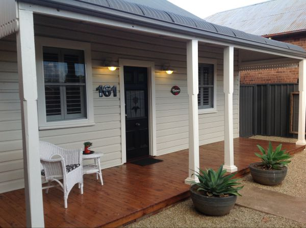 Thelma's Temora - WA Accommodation