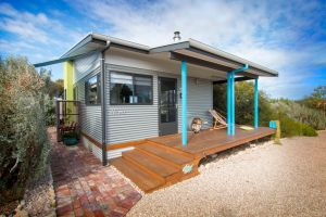 Coorong Cabins - Wren Cabin - WA Accommodation
