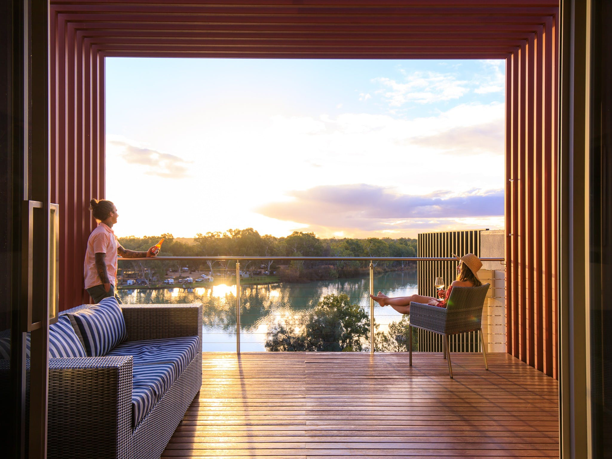 The Frames - Luxury Riverland Accommodation - WA Accommodation