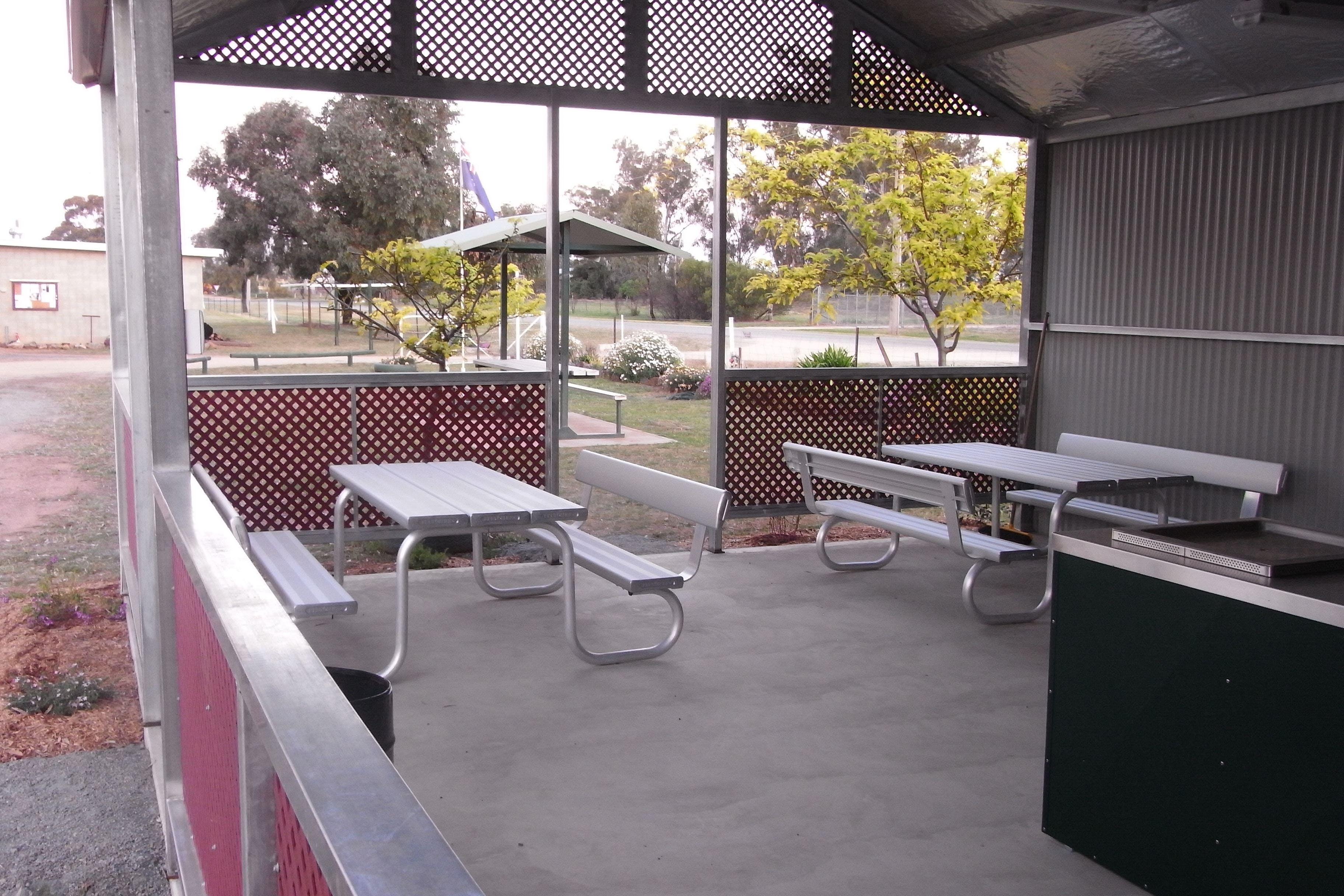 Ariah Park Camping Ground - WA Accommodation
