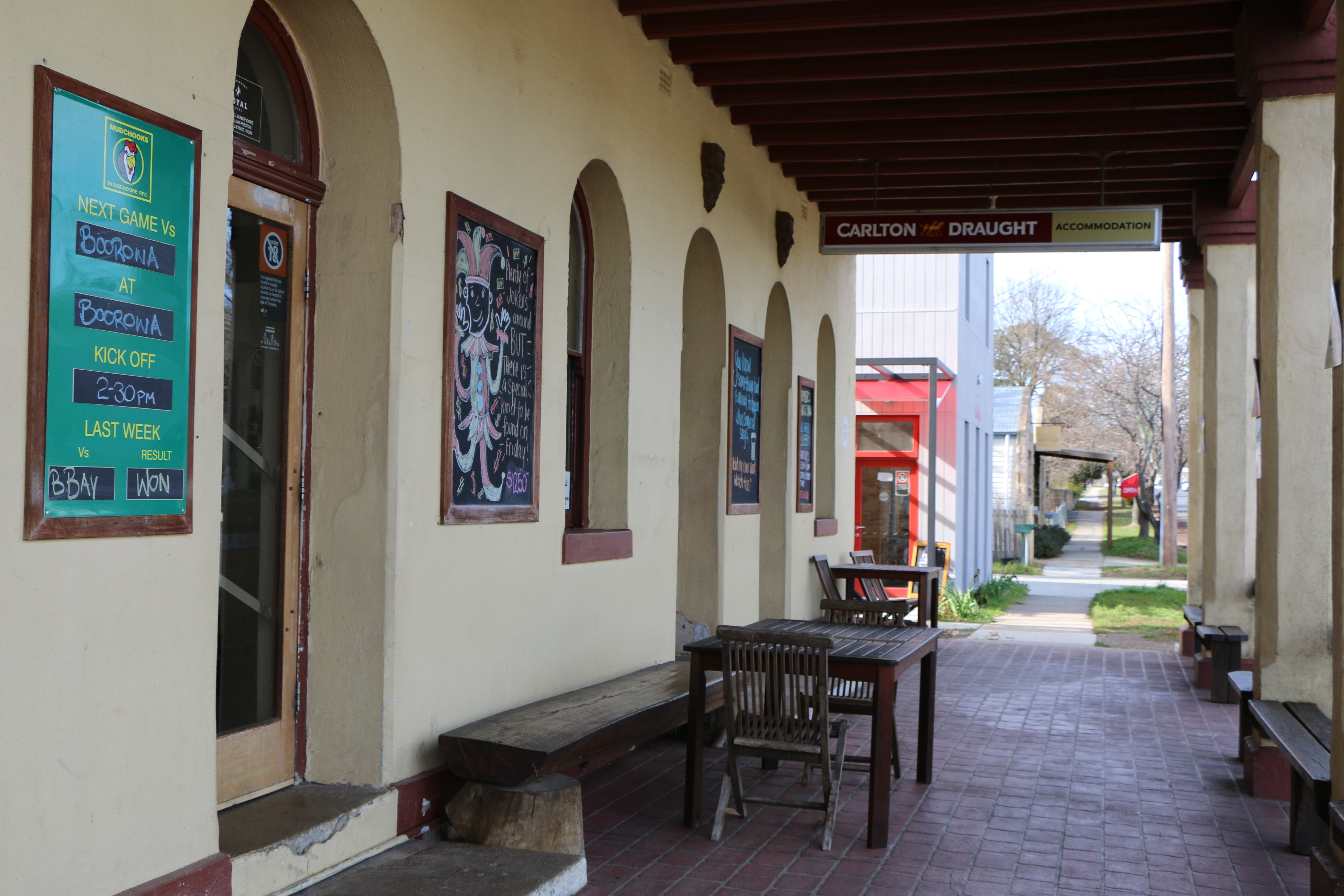 The Royal Hotel Bungendore - WA Accommodation