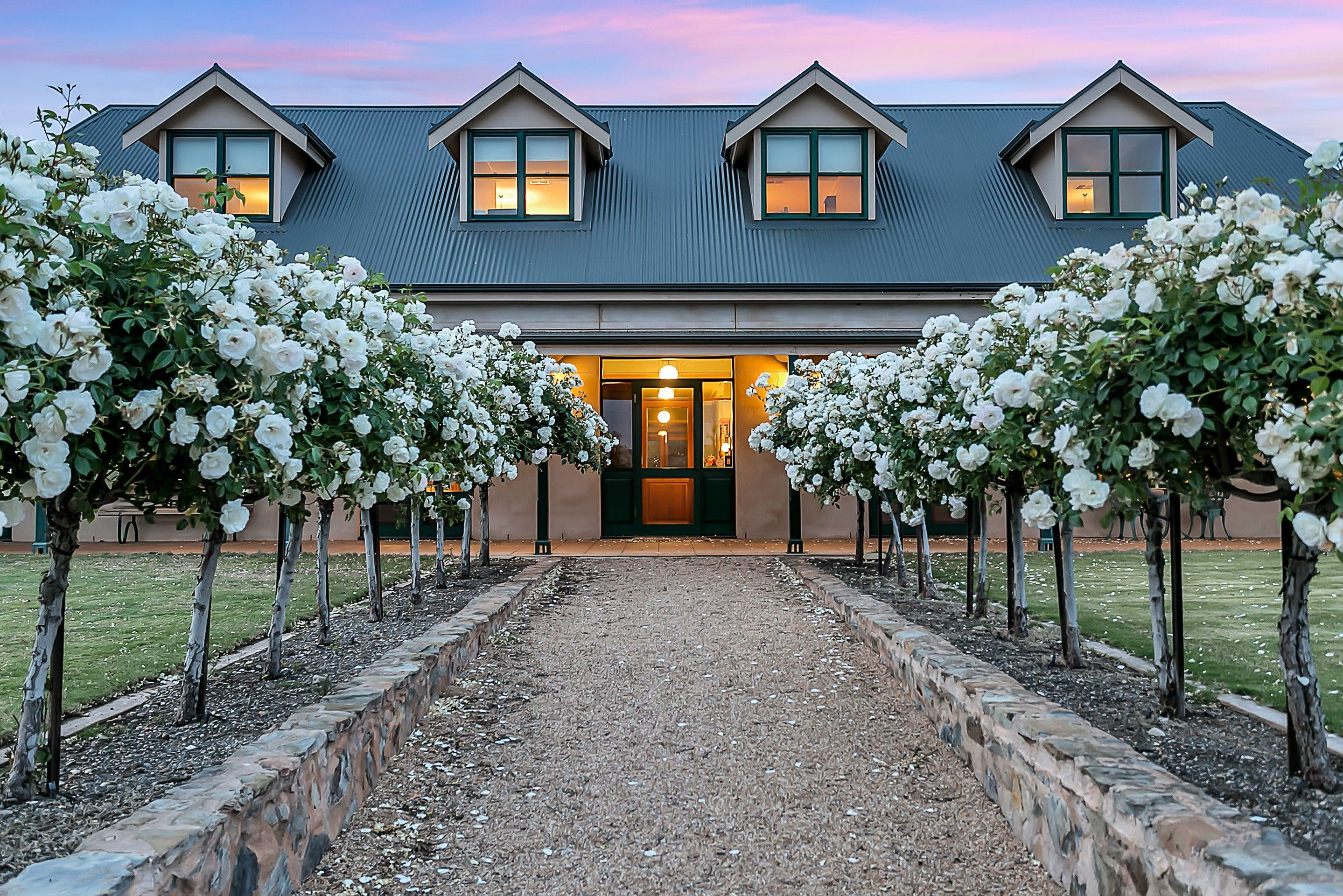 Abbotsford Country House - WA Accommodation