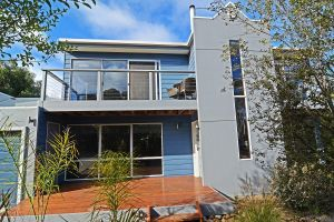Barrakee Beach House - WA Accommodation