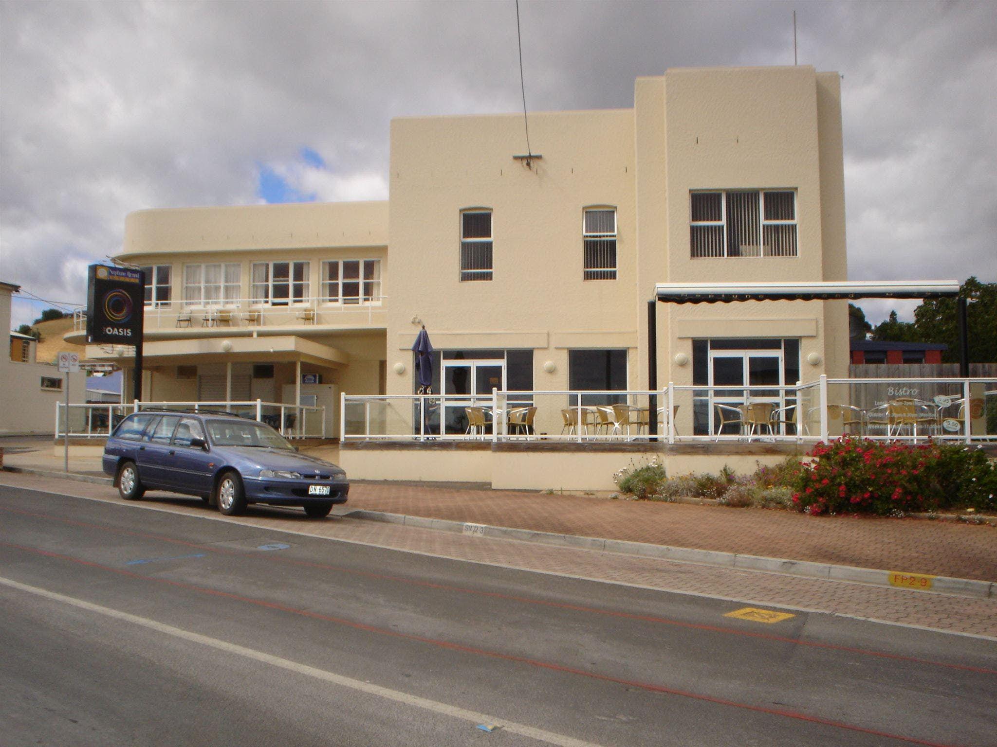 Neptune Grand Hotel - WA Accommodation