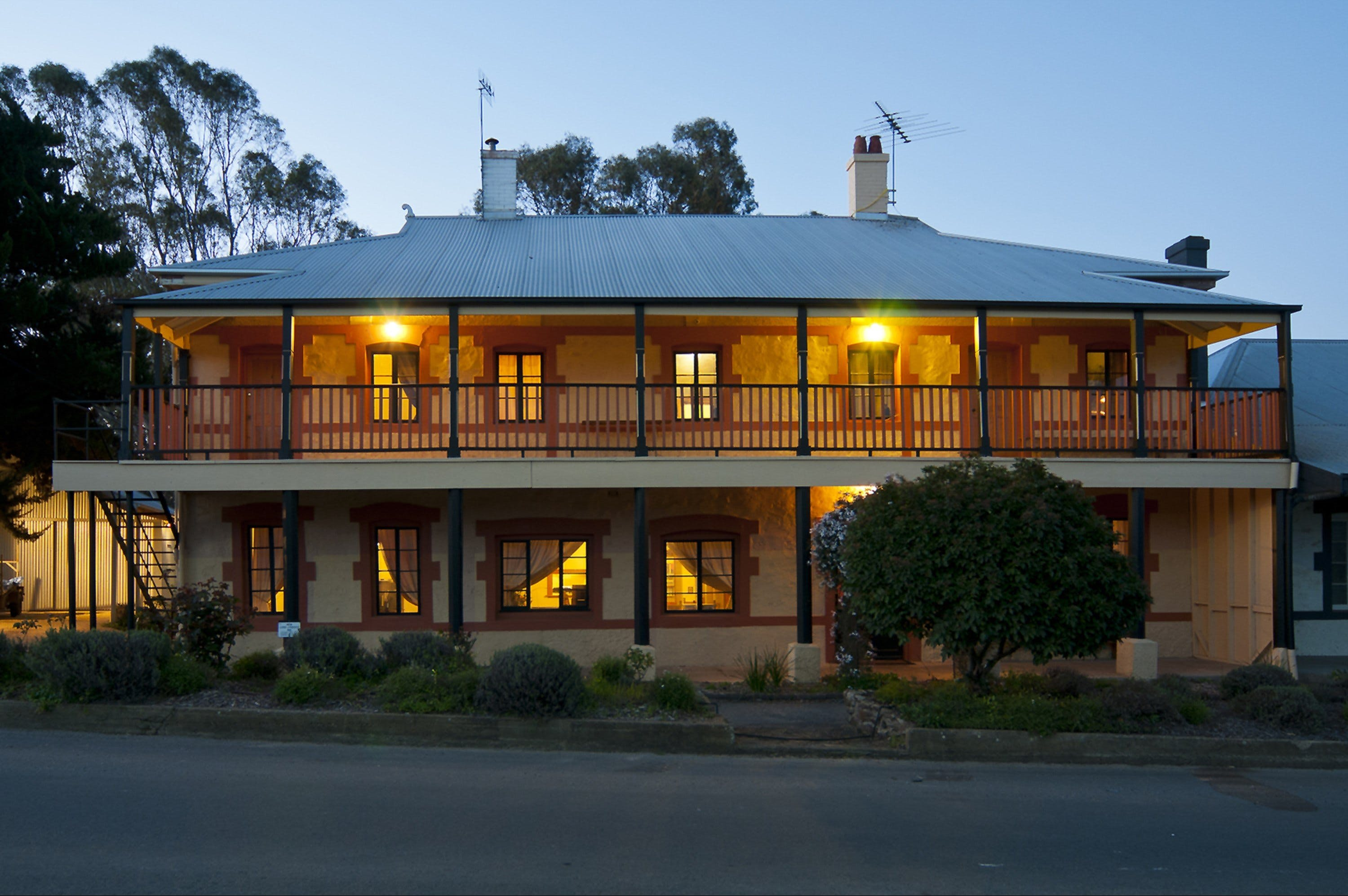 The Coffee Palace - WA Accommodation
