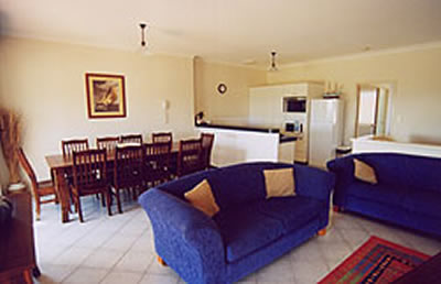 A Beachfront Villa Rockingham - WA Accommodation