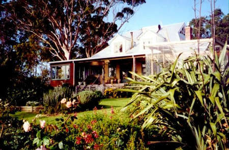 The Sleeping Lady Private Retreat - WA Accommodation