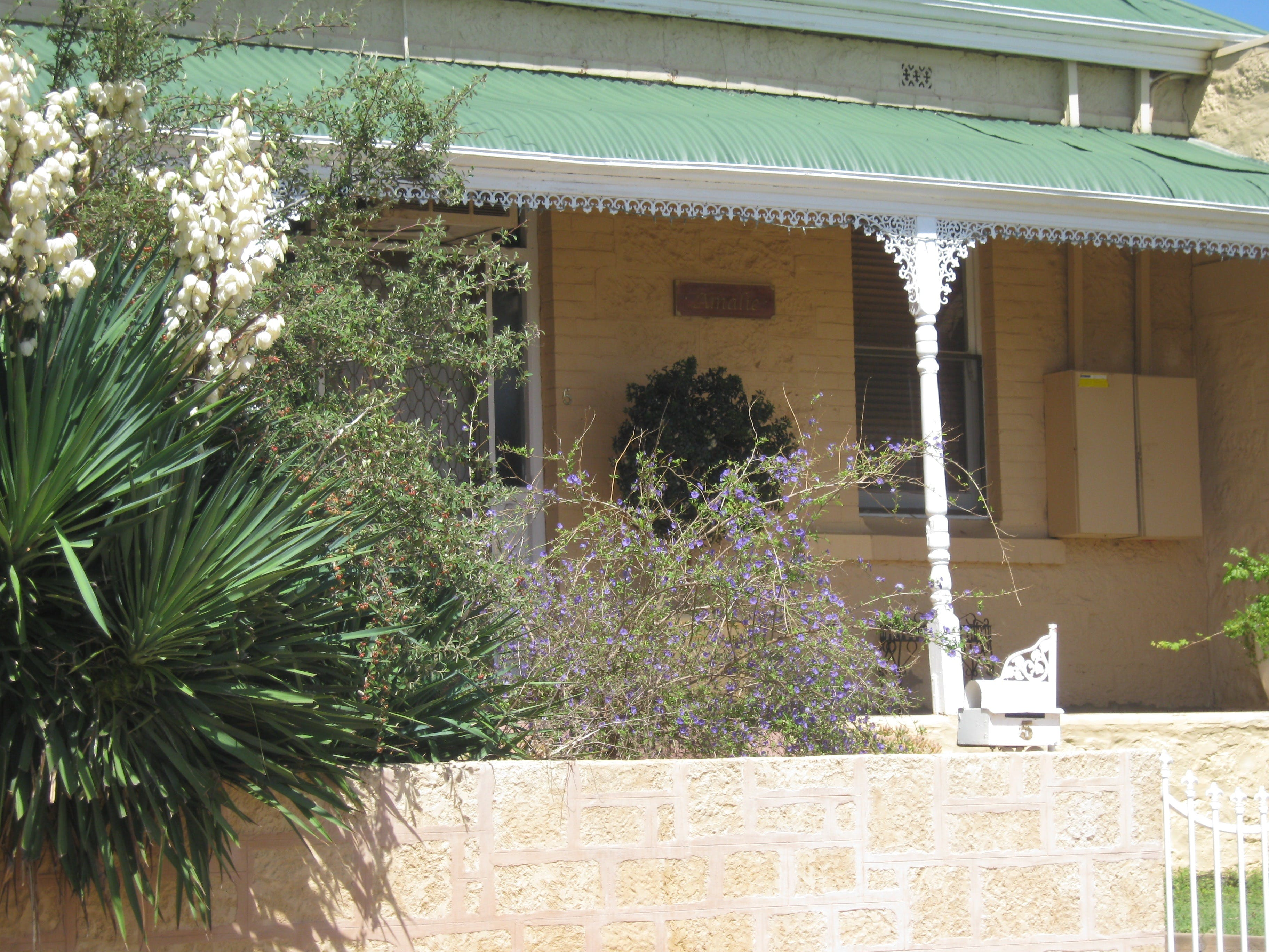 Amalie Cottage - WA Accommodation
