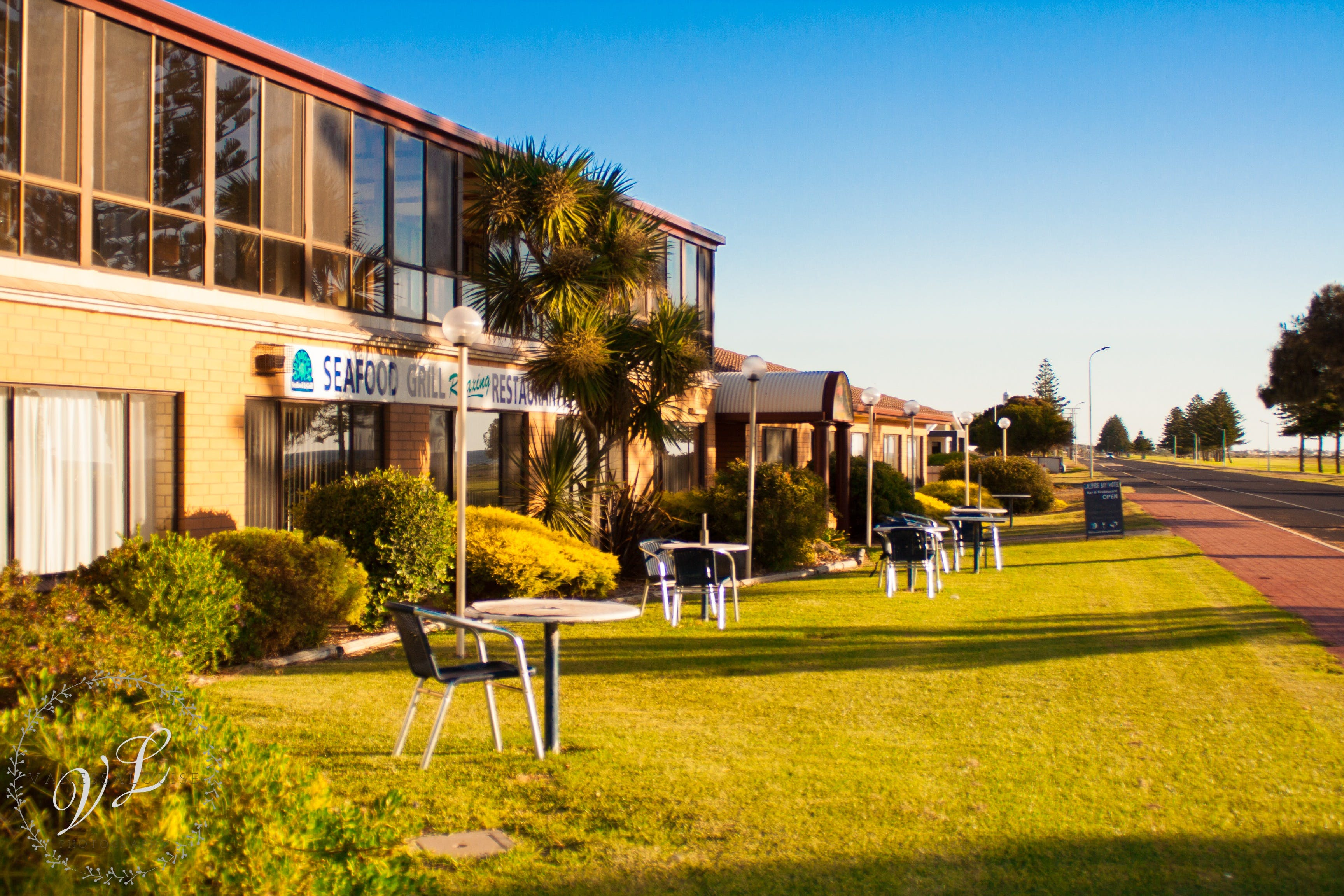 Lacepede Bay Motel  Restaurant - WA Accommodation